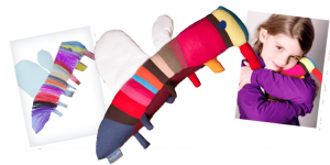 Kuscheltier, Zeichnungen, Nähen, Spielzeug, Kinderzeichnung, Geborgenheit, Kuscheltiere,Kuscheln, Bett, Stofftiere, Stofftiere aus Kinderzeichnung,Individuell,Detail,Handarbeit,Zeichnung