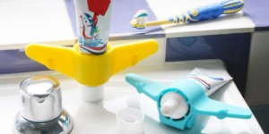 aeroplane-toothpaste-holder-1