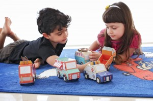 Geschenk für Jungen, Geschenk für Mädchen, geschenk, verschenken, alter, Jahr, Papier, Ökologisch, Papier, falten, Spielzeug, Umwelt,